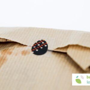 Črnomaljska presta v škrniclju – angleška etiketa