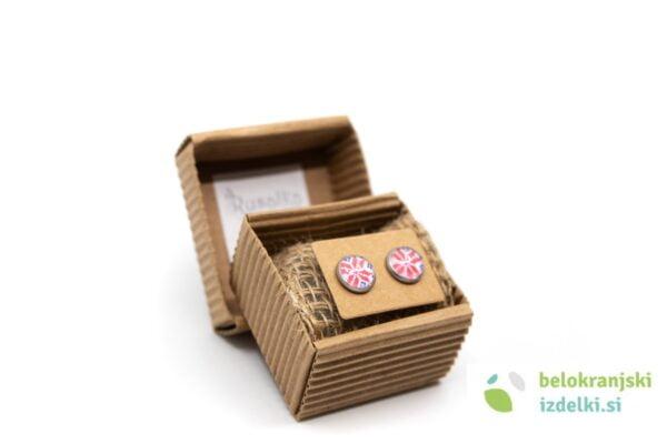 belokranjski-izdelki-uhani-majsi-rdec-vzorec-belokranjsko-vezenje-rusalka-jewelry-bela-krajina-1