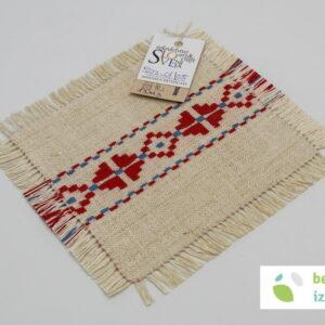 Belokranjski prtiček | vezenje na domače laneno platno | 13×13 cm